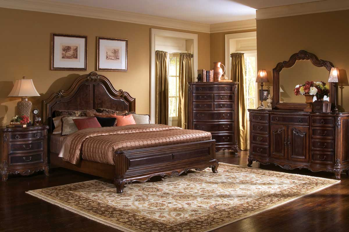 Pulaski St. Raphael Platform Bedroom Collection