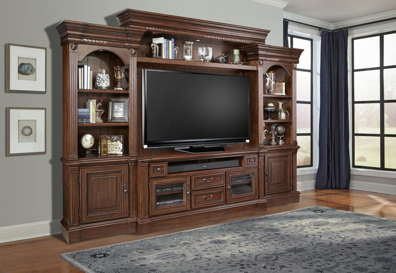 Charmant Parker House Franklin 4pc Entertainment Wall