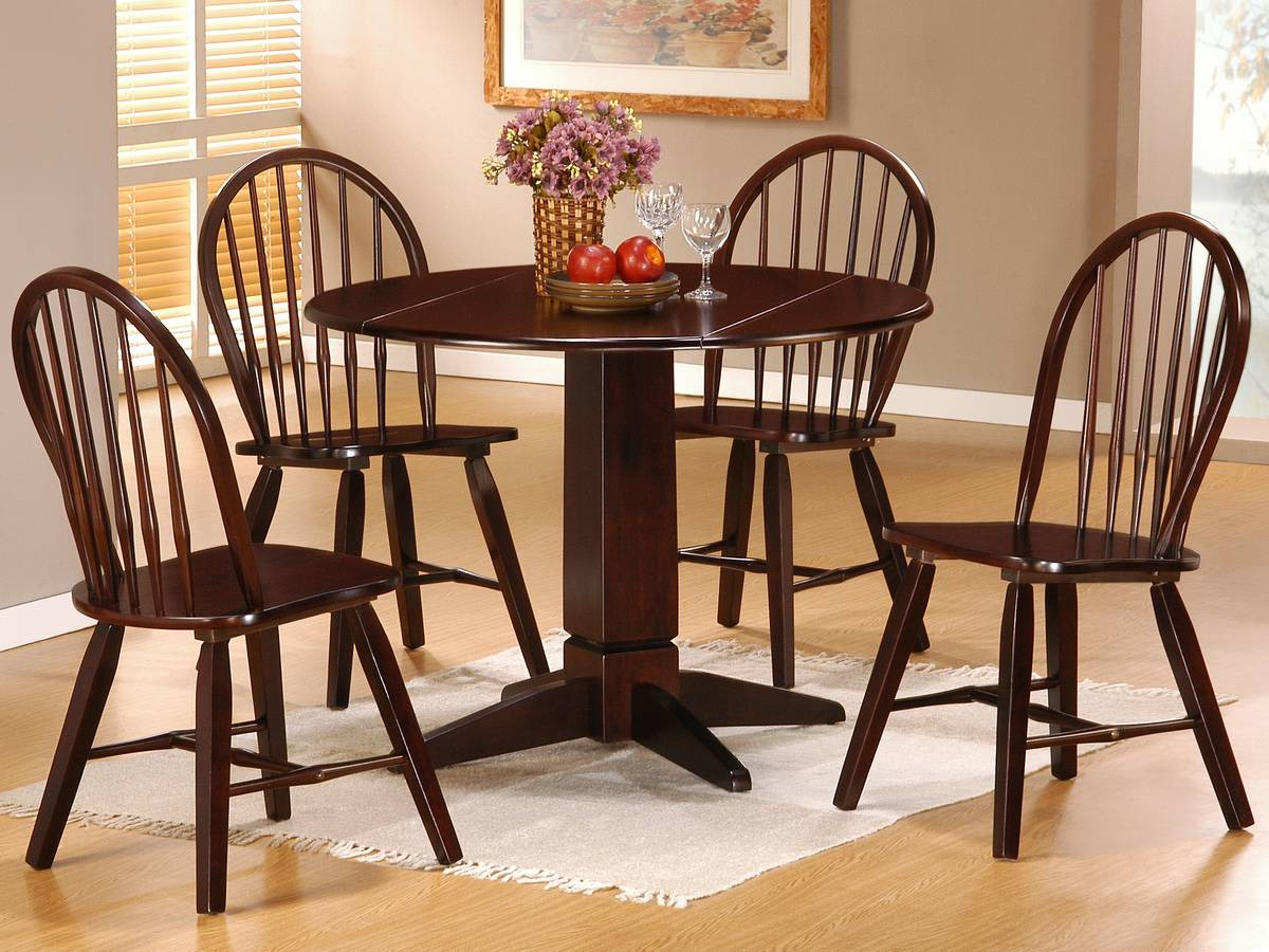 Powell Logan Dining Set