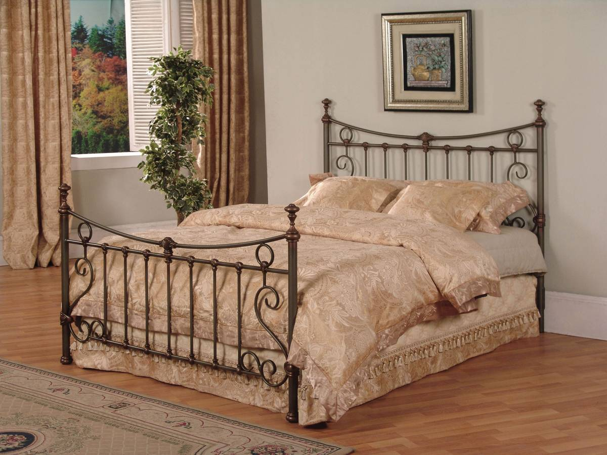 Powell Raleigh Patina Gray with Hand Rubbed Bronze Highlights Bed