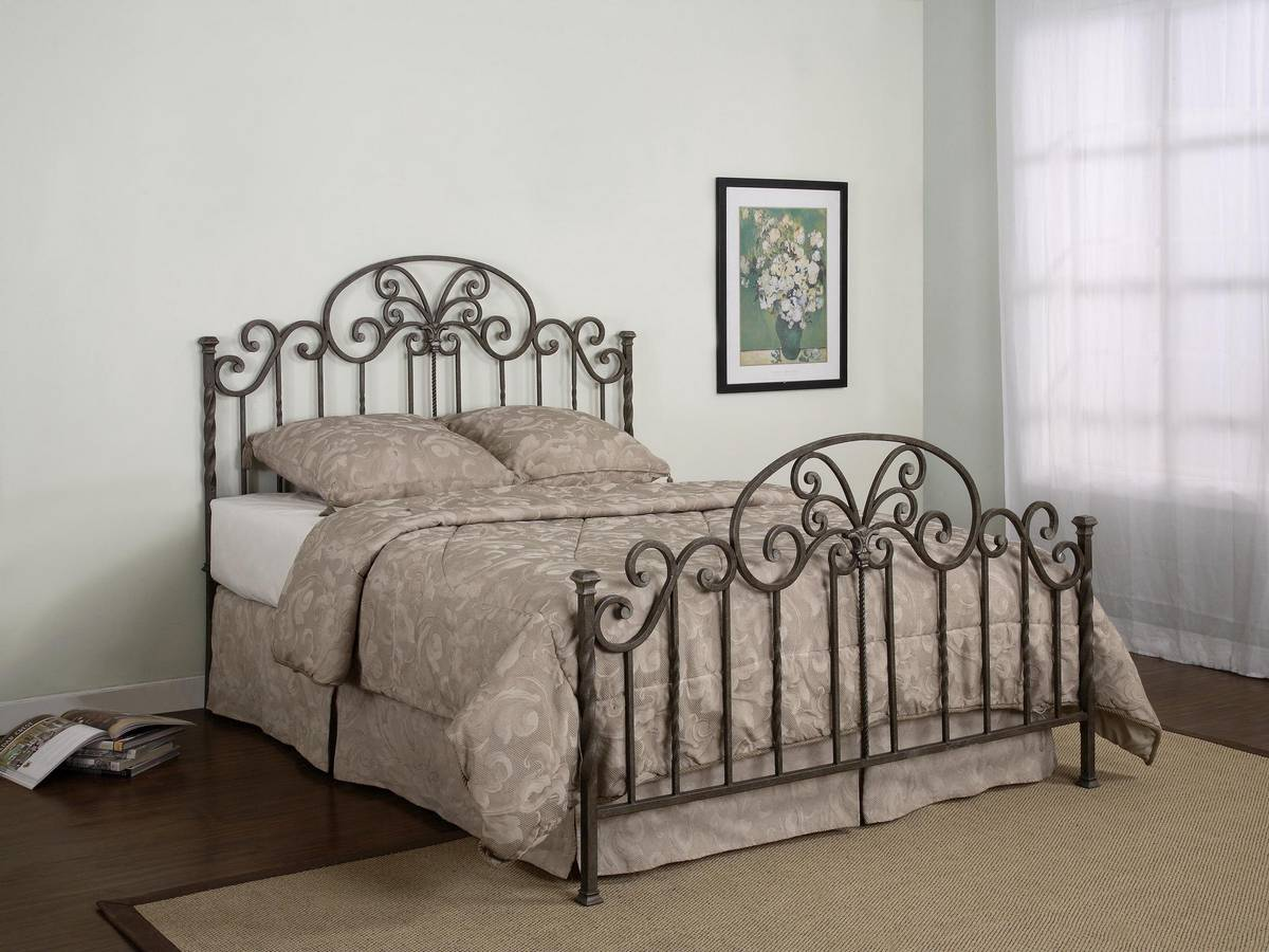Powell Salem Bed