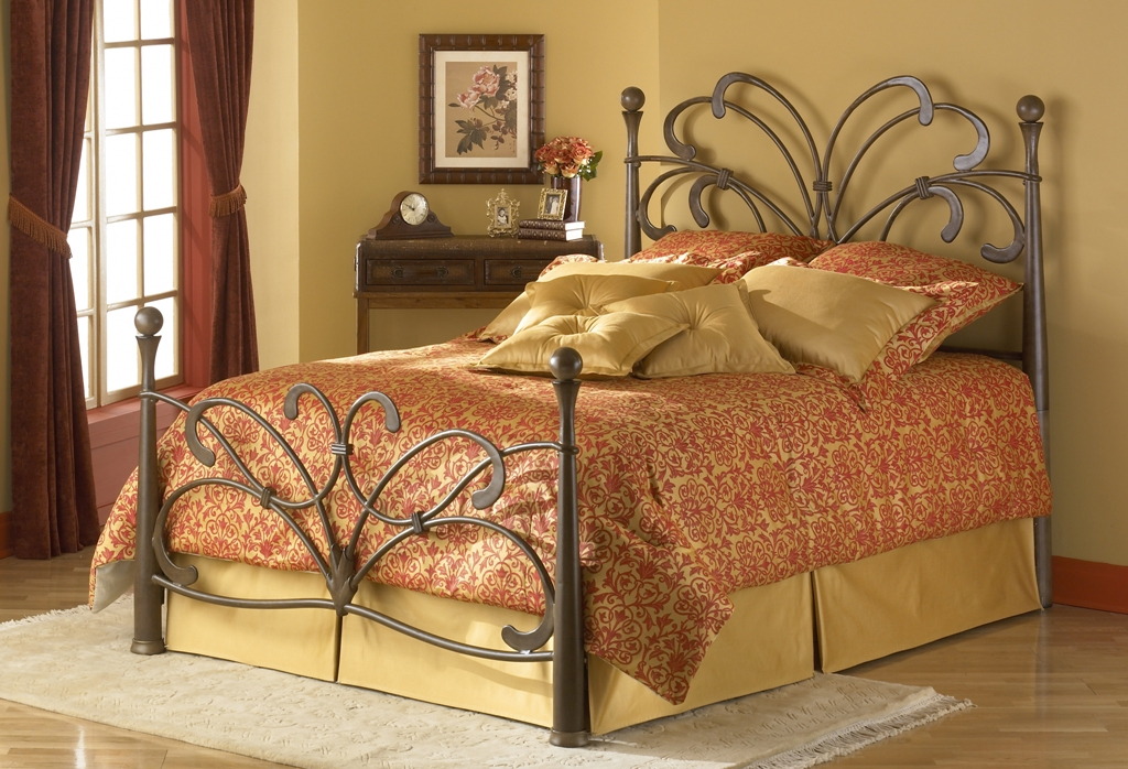 Fashion Bed Group Pembroke Bed