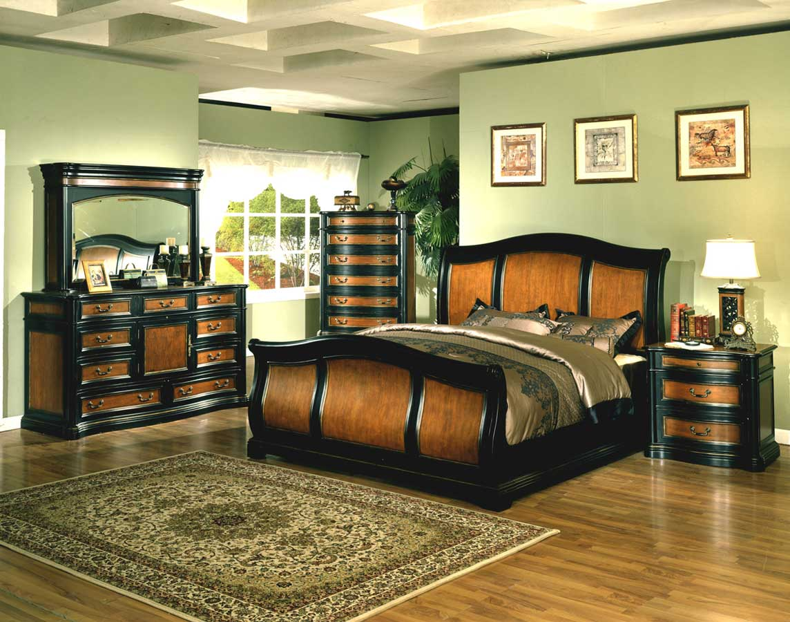 Signature Home Lafayette Bedroom Collection