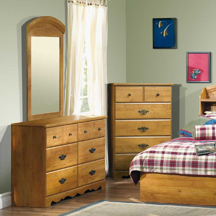 South Shore Prairie Country Pine Dresser