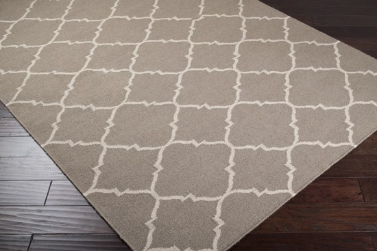 Surya Frontier FT-42 Area Rug