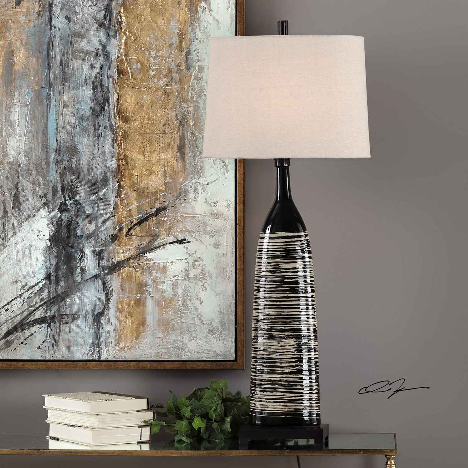 Uttermost Kanza Lamp - Gloss Black