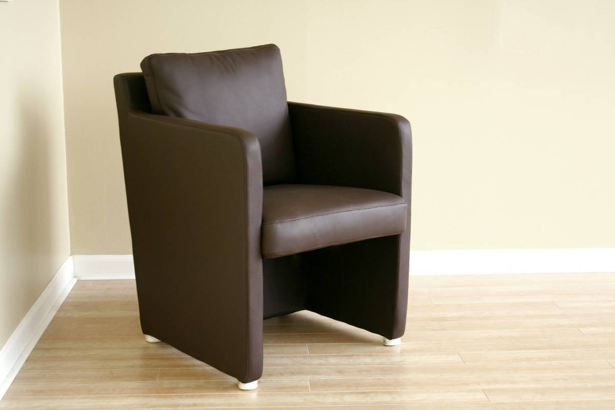 Cheap Wholesale Interiors 473 Club Chair