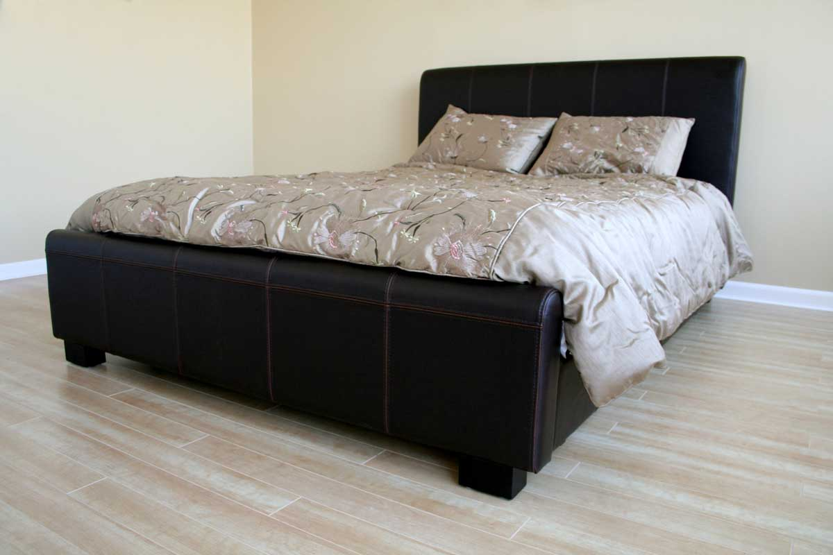 Wholesale Interiors B-16-J509 Queen Platform Bed