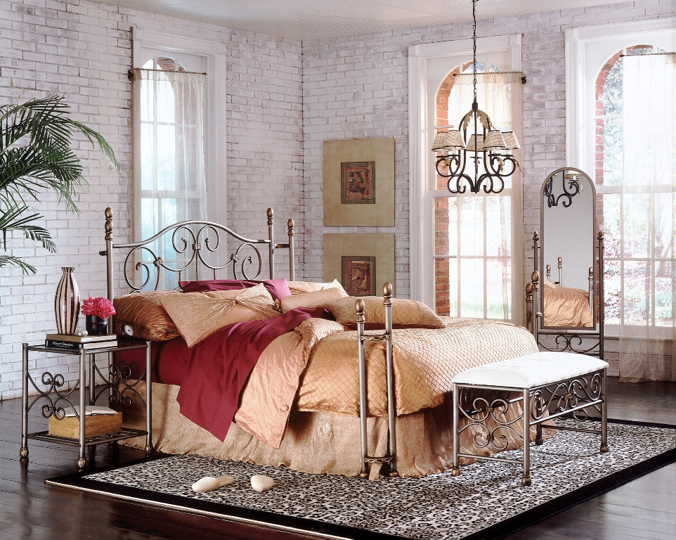 Fashion Bed Group Wilmington Mirror