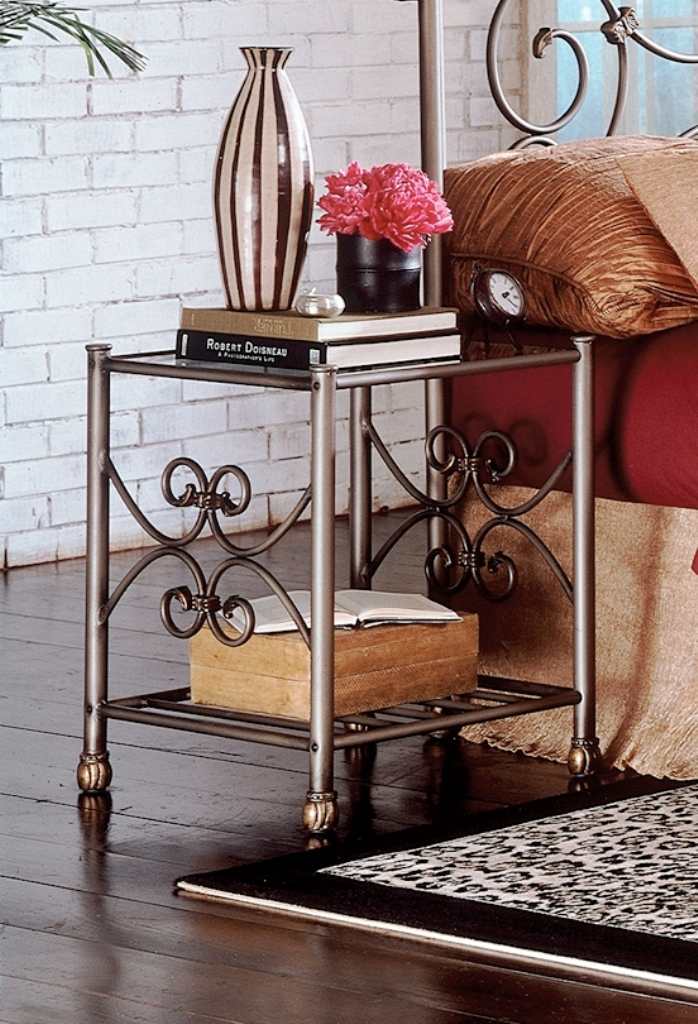 Fashion Bed Group Wilmington Nightstand
