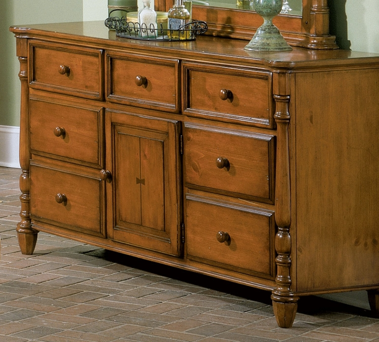 Shady Brook 7 Drawer 1 Door Dresser