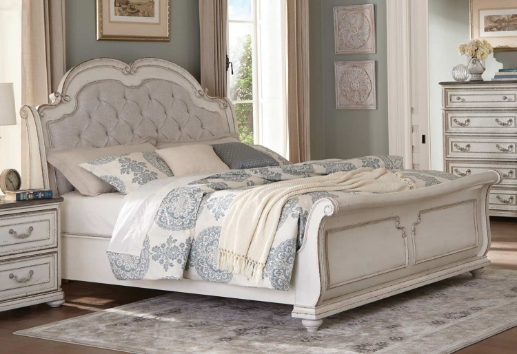 Willowick Bed - Antique White