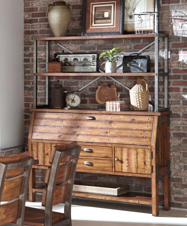 Holverson Bakers Rack - Rustic Brown