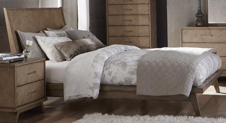 Liatris Platform Bed - Acacia Veneer with Gray Undertone