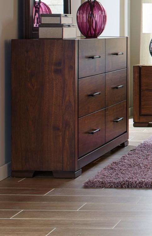Ingrando Dresser - Walnut