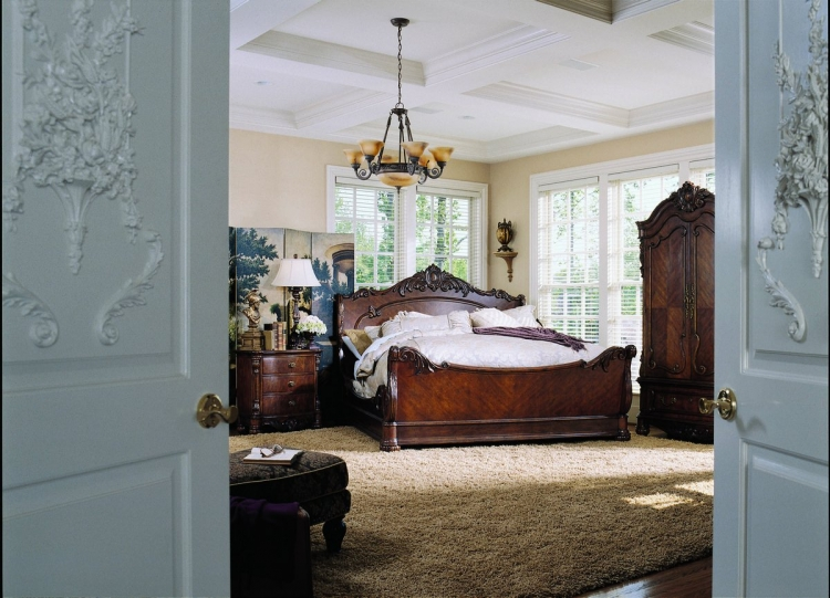Edwardian Sleigh Bed