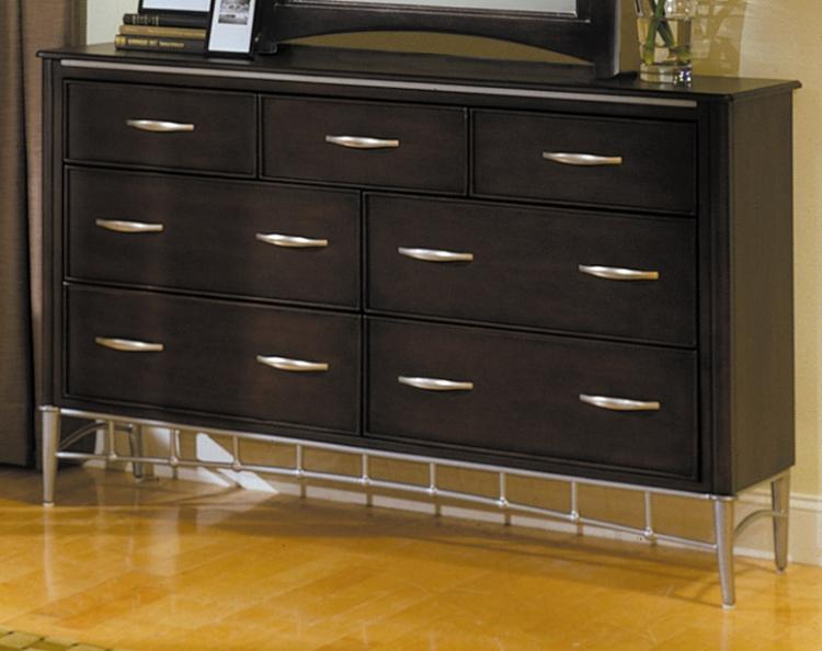 Moda 7 Drawer Dresser