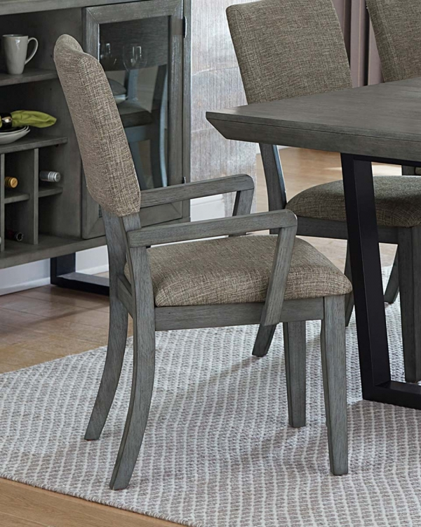 Avenhorn Arm Chair - Gray