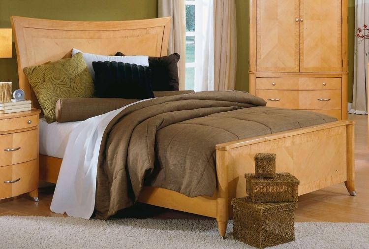 Levanto Panel Bed