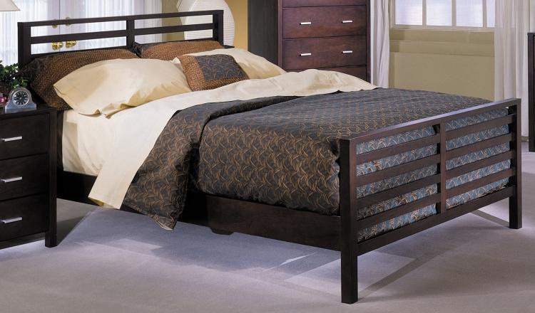 Strata Rake Bed with Wood Rails