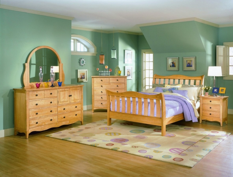 The Brookwood Homelegance bedroom collection
