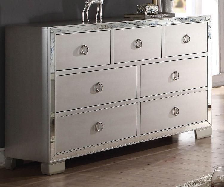Voeville II Dresser - Platinum