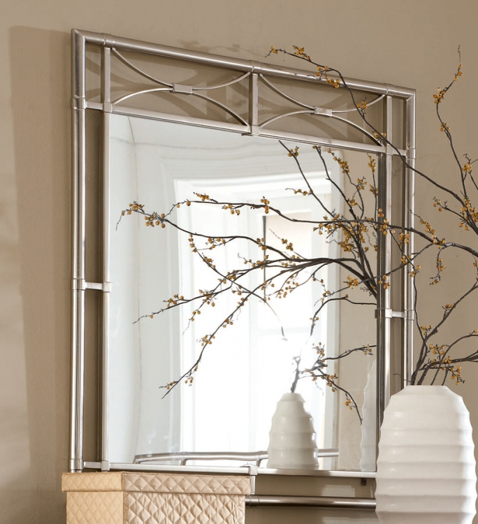 Essex Metal Accent Mirror