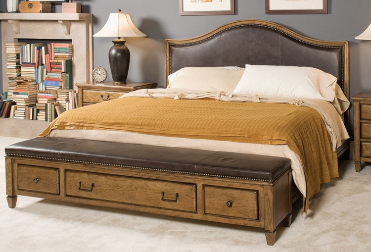 Americana Home Highland Leather Bench Bed