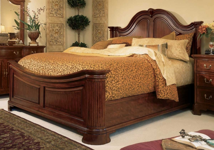 Cherry Grove Mansion Bed