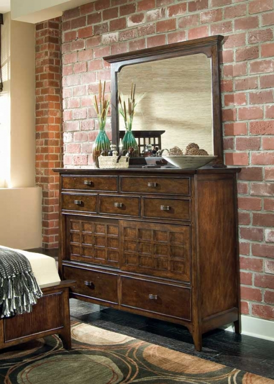 Cambria Dressing Chest