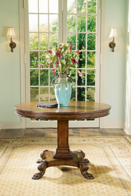 0744090 Foyer Table - Connoisseurs - Butler