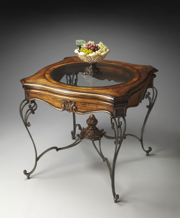 2296090 Foyer Table - ConnoisseurS - Butler