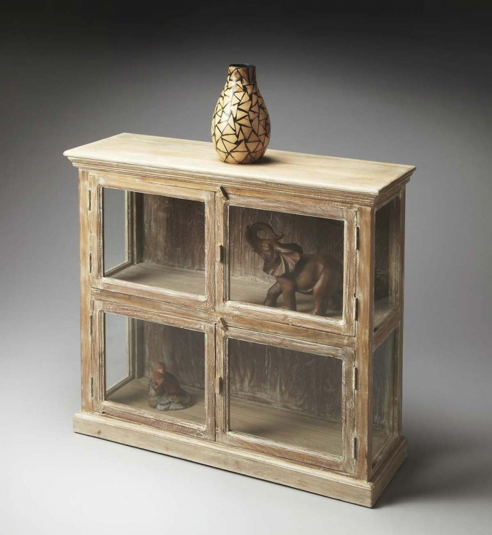 2846120 Display Cabinet - Mountain Lodge