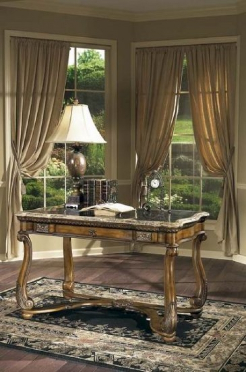 0783070 Heritage Writing Desk