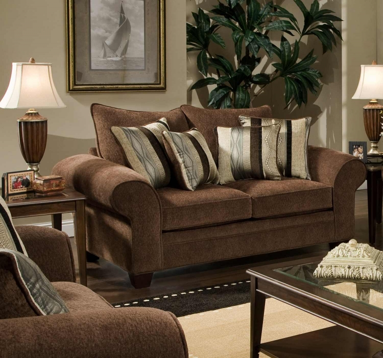 Clearlake Loveseat - Masterpiece Chocolate