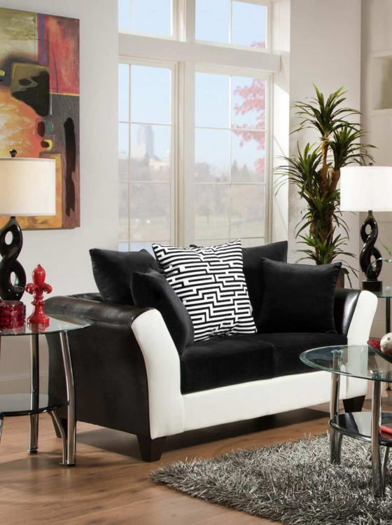 Tau Loveseat - Jefferson Black/Avanti White