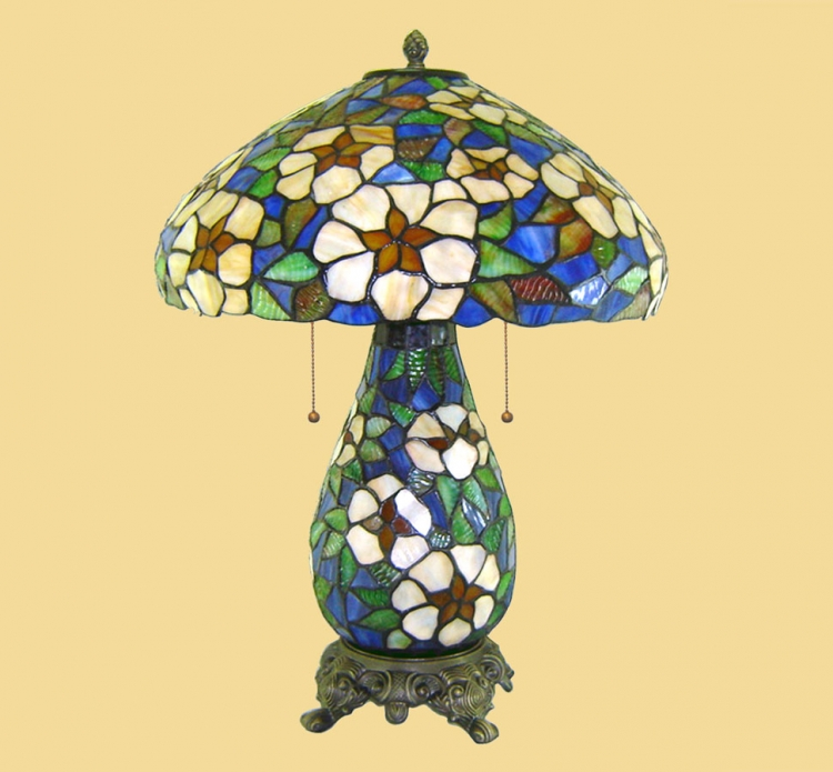 06243 Tiffany Table Lamp