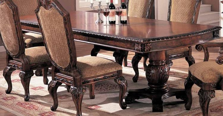 Saint Charles Table