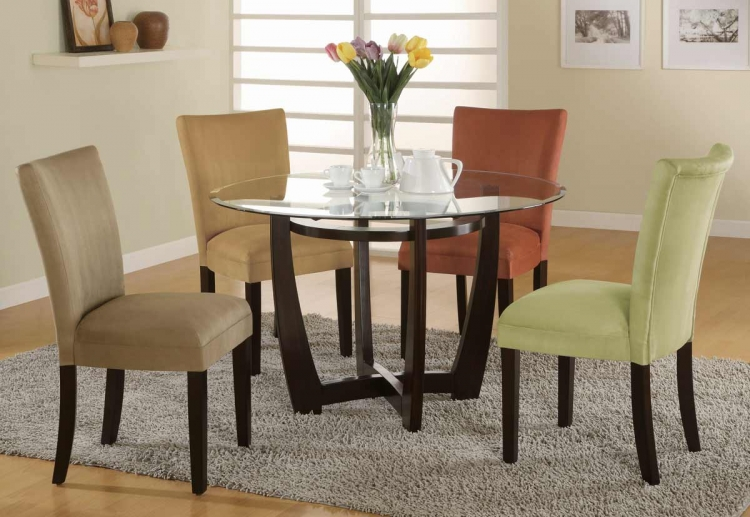Bloomfield Round Dining Collection