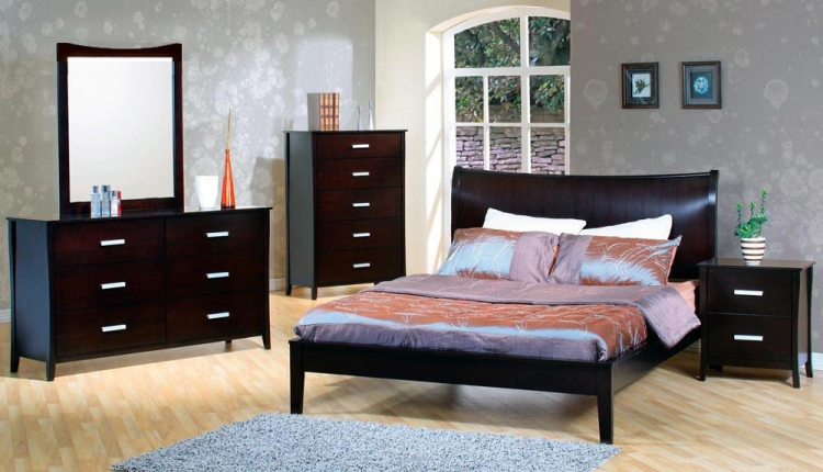 Stuart Platform Bedroom Set