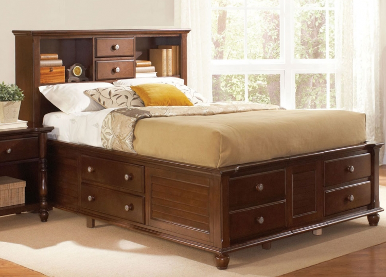 Hampton Bed with Storage