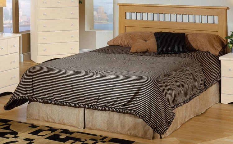 Nash Queen Headboard - Maple