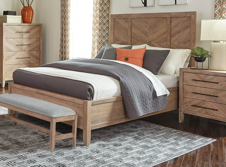 Auburn Bed - White Washed Natural