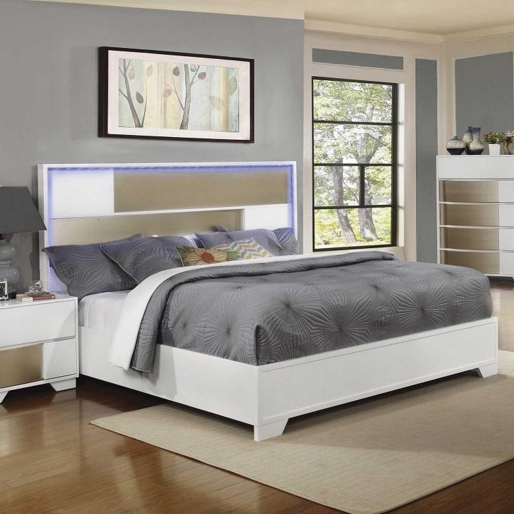 Havering Lighted Platform Bed - Blanco/Sterling