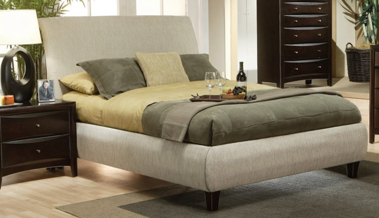 Phoenix Upholstered Bed - Coaster