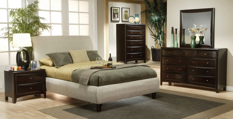 Phoenix Upholstered Bedroom Set