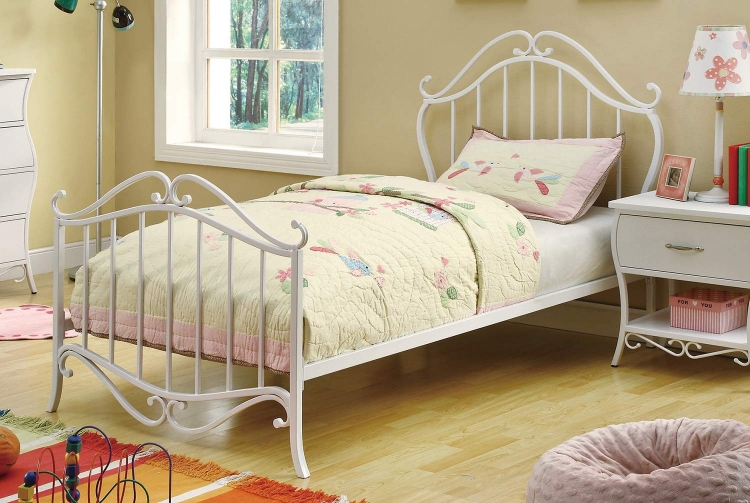 Bella Bed - White
