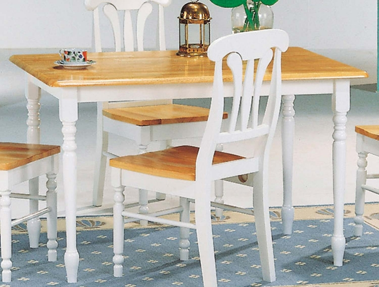 4147 Dining Table