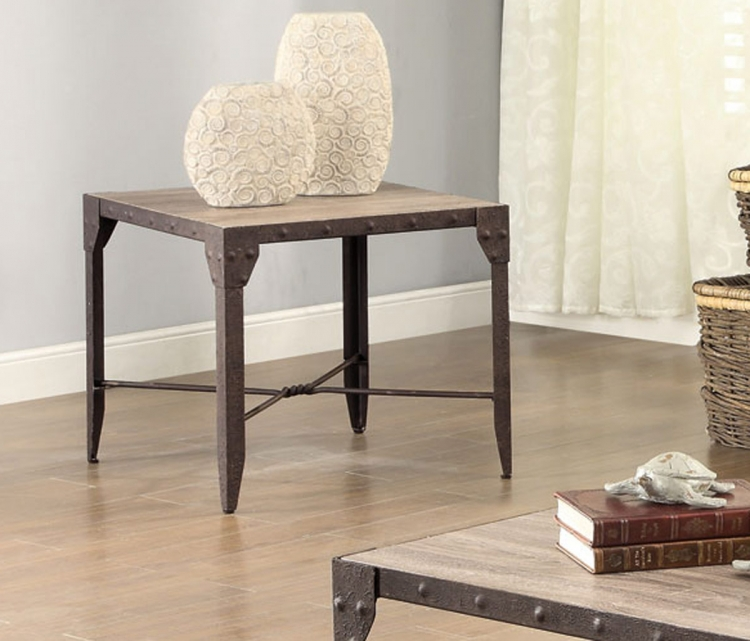 703697 End Table - Weathered Brown/Antique Brown Patina