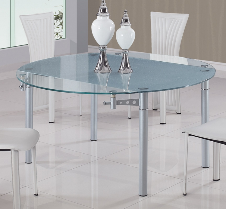 135 Dining Table - Global Furniture